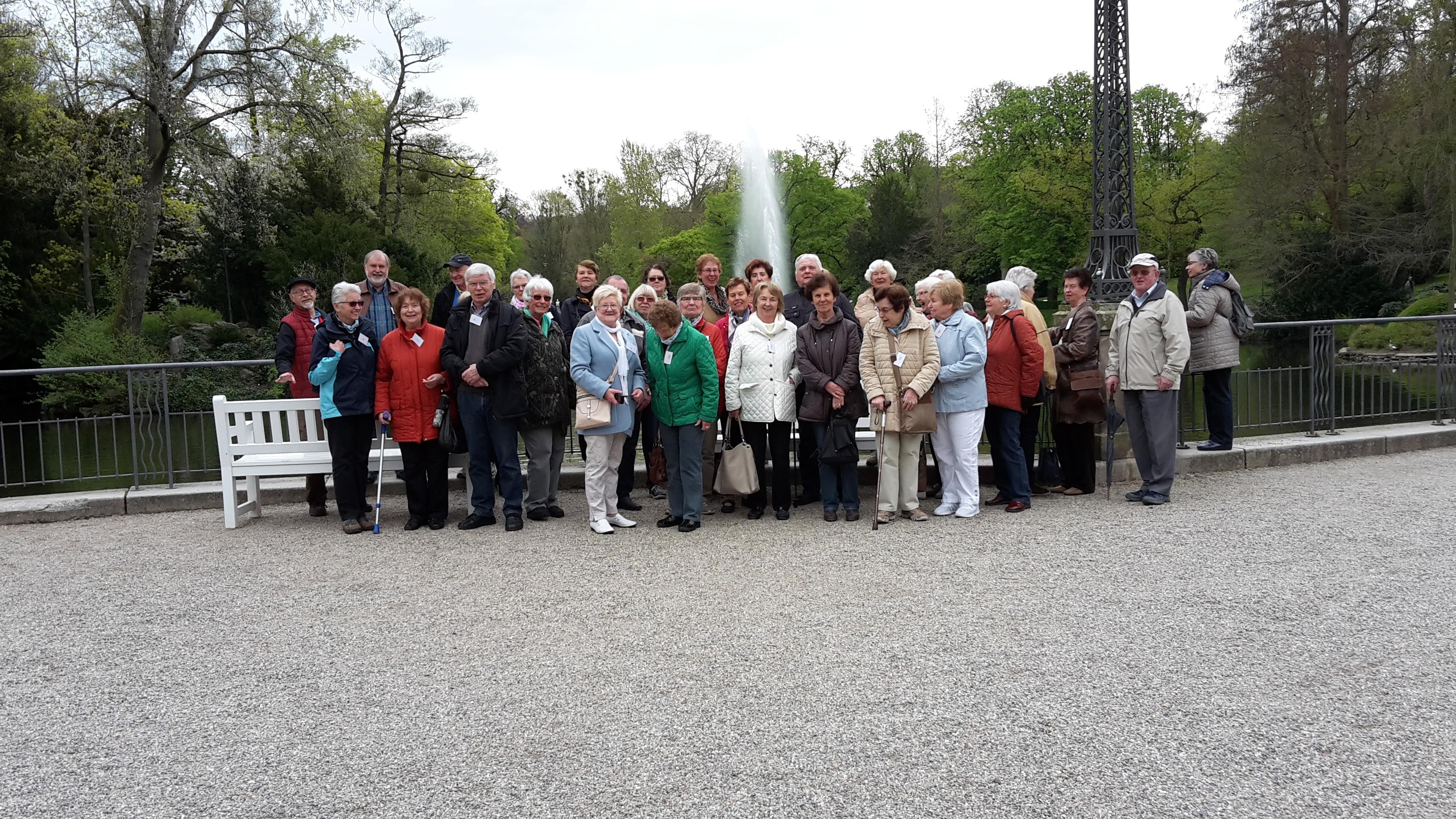 Die Reisegruppe im Kurpark