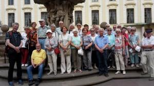 20180609_Reisegruppe an der Prager Burg